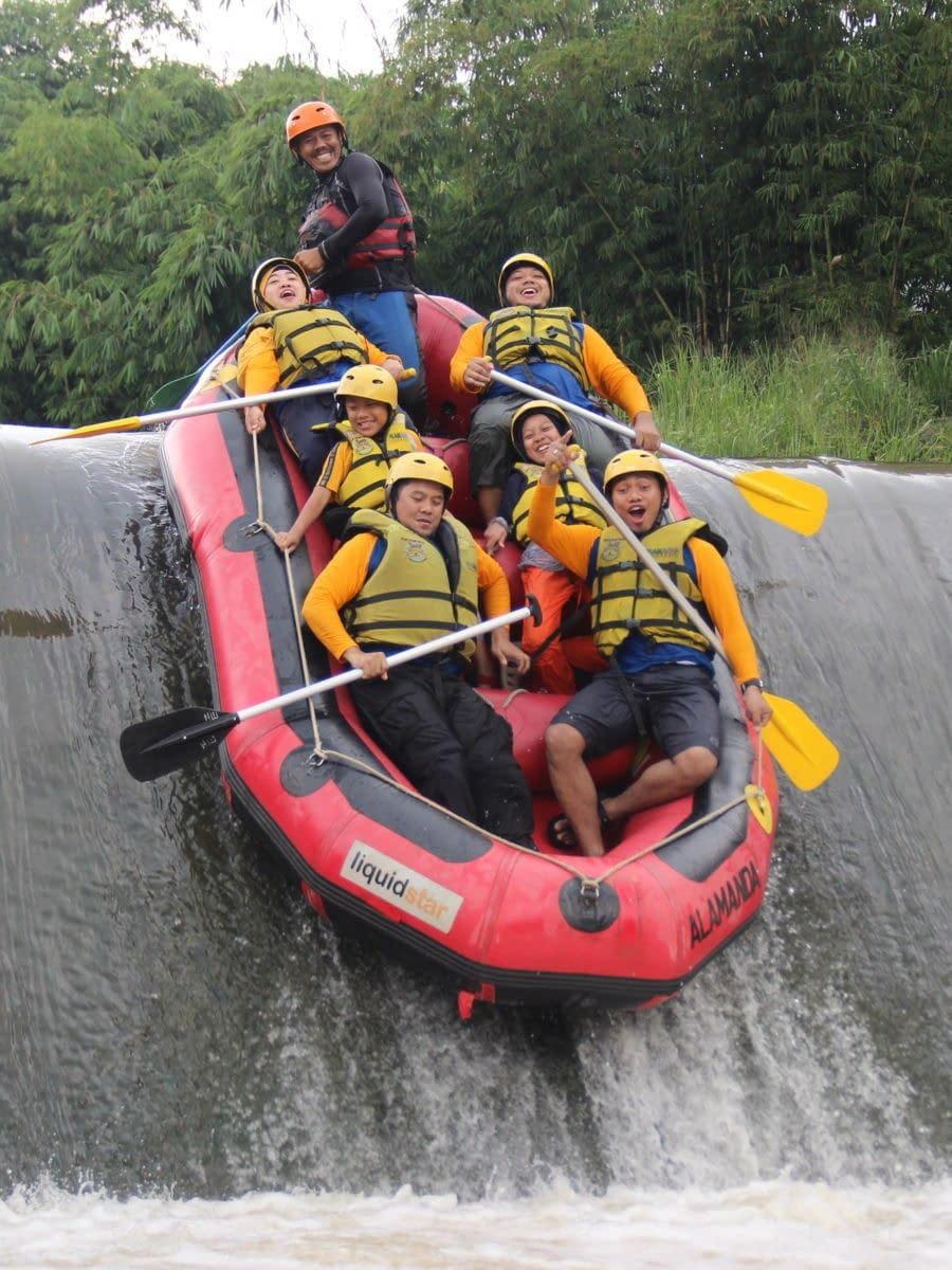 Skoola Adventours - Rafting